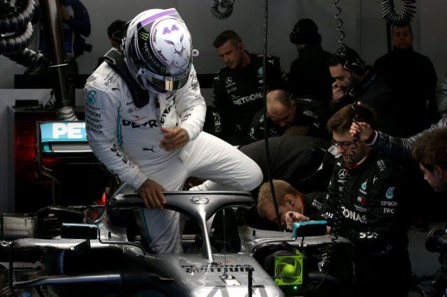 Mercedes, il nuovo volante si chiama DAS: ecco a cosa serve