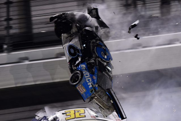 NASCAR terribile incidente a Daytona per il pilota Ryan Newm