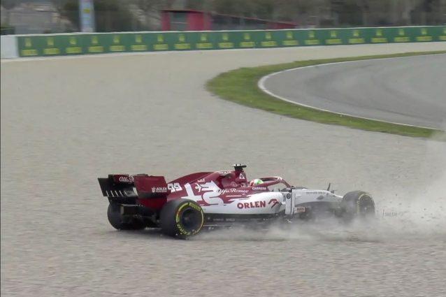 Formula 1 |  test di Barcellona |  Giovinazzi a muro |  testacoda per Verstappen