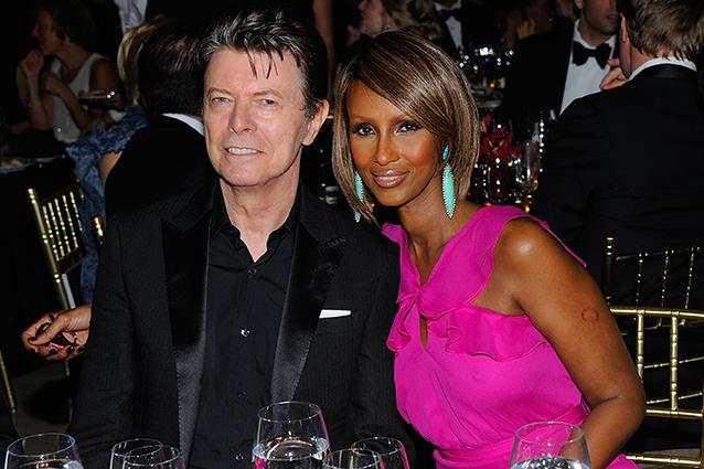 David Bowie era malato di cancro al fegato: lascia un'eredità di 230 mln di euro