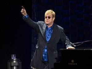 Elton John dice addio anche all'Italia: previste due date a Verona