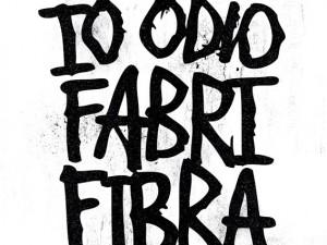 Fabri Fibra festeggia i 10 anni di 'Tradimento': doppio cd e 'applausi per Fibra'