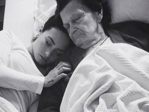 Demi lovato piange la bisnonna 39 dolore insostenibile ma - Instagram messaggio letto ...