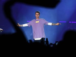 Justin Bieber (CHRISTOPHE ARCHAMBAULT/AFP/Getty Images)