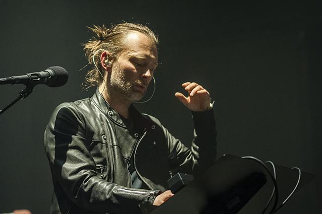 """""""Non andare via"""", ecco la canzone che Thom Yorke dedicò alla moglie morta di cancro"""