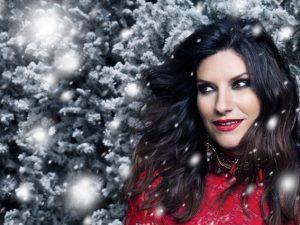 Laura Pausini torna terza in una classifica che conferma Mina e Celentano al primo posto
