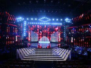 """Svelata la scenografia di Sanremo 2017: """"Un'idea nata da un pop up di carta"""""""