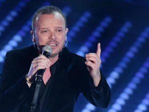 Gigi D'Alessio al Festival di Sanremo 2017 (LaPresse)