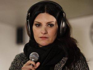 """Laura Pausini piange la scomparsa della piccola Francesca: """"Un vuoto gigante nel mio cuore"""""""