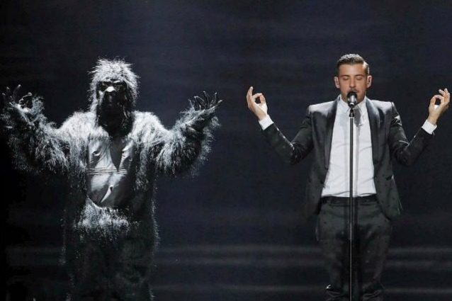Eurovision Song Contest 2017, uomo nudo irrompe sul palco
