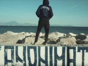 """Chi è Liberato, il misterioso artista napoletano di """"Nove Maggio"""" e """"Tu t'e scurdat' 'e me"""""""