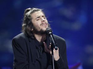 Salvador Sobral vince l'Eurovision Song Contest 2017, Gabbani e Italia a mani vuote