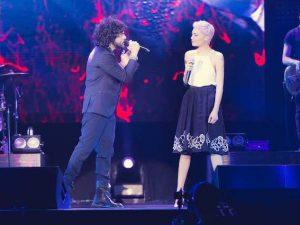 Francesco Renga dà il via al tour da Milano: foto e video del concerto con Elodie ospite