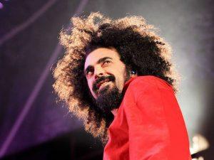 """Caparezza annuncia il nuovo album """"Prisoner 709"""" che uscirà a settembre"""