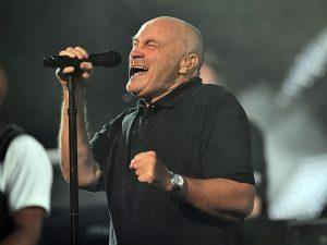 Incidente per Phil Collins: sbatte la testa e cancella i concerti a Londra