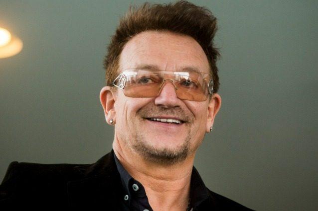 """Bono: """"L'Italia ha mantenuto le promesse sui migranti, grazie alla Guardia Costiera che salva le vite"""""""