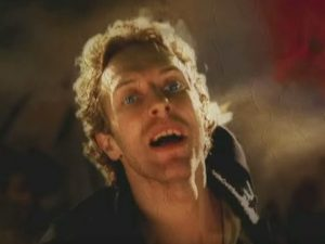 "Chris Martin dei Coldplay (nel video di ""Viva la vida"")"