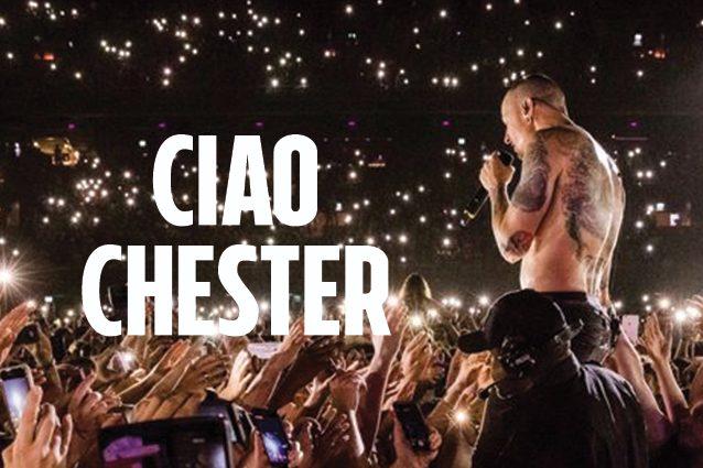 """I Linkin Park ricordano Chester Bennington: """"Il nostro cuore è a pezzi"""""""