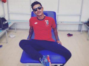 Moreno con la maglia del Genoa (Via Facebook)