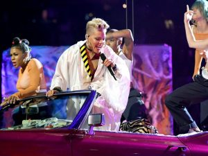 pink-cantante