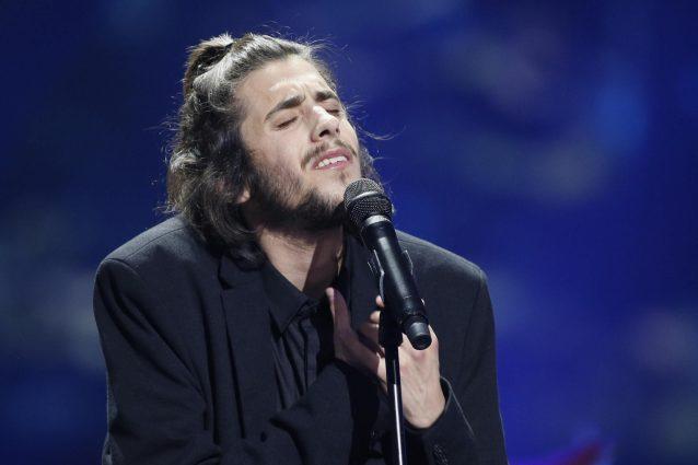 Salvador Sobral ricoverato in ospedale, il vincitore dell'Eurovision è in gravi condizioni