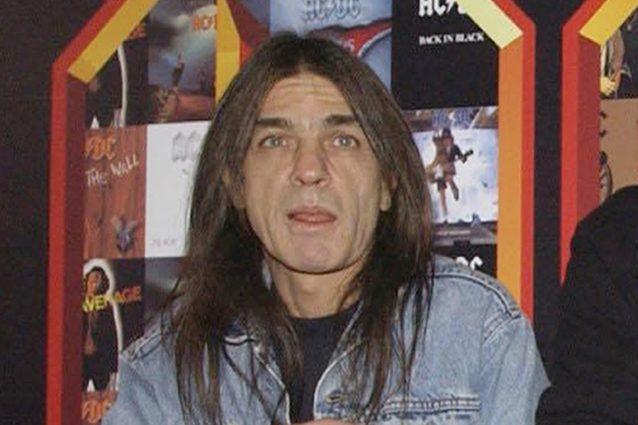 È morto Malcolm Young, il co-fondatore degli AC/DC aveva 64 anni