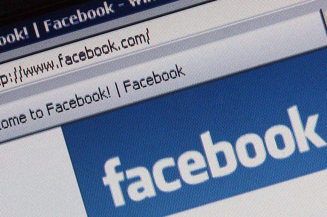 Facebook chiude un accordo con Sony caricare musica sul social non sarà più impossibile
