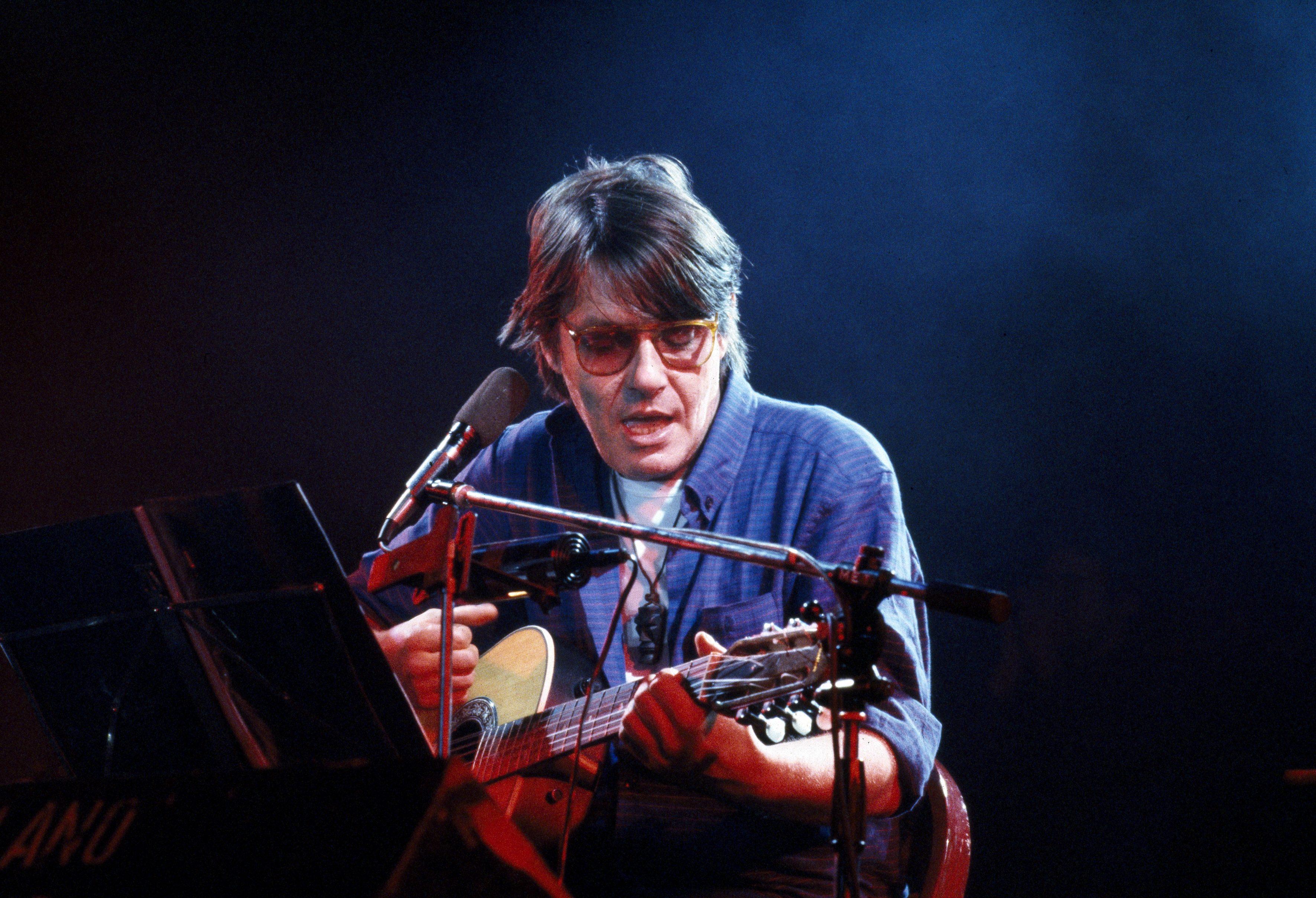 """Fabrizio De Andrè mai a Sanremo, disse: """"I miei sentimenti non ..."""