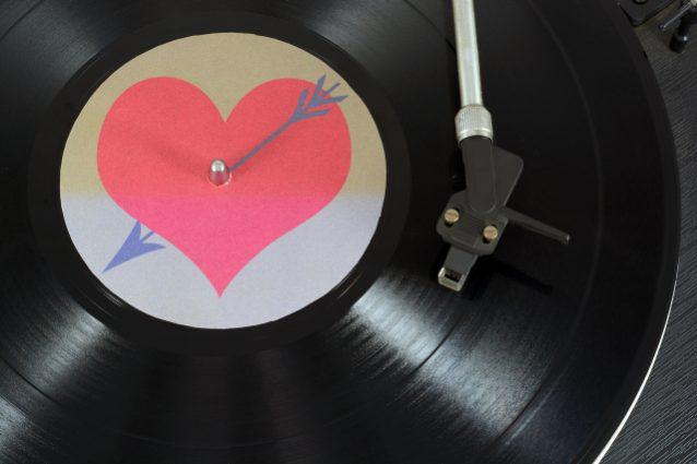 Vinili da regalare a San Valentino: i 20 più romantici del 2021