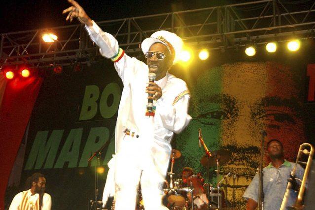 Morto Bunny Wailer, voce iconica del reggae insieme a Bob Marley