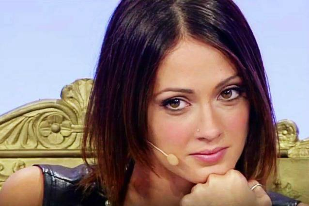 Teresa voglio costruire una famiglia con un bravo ragazzo - Voglio costruire una casa ...