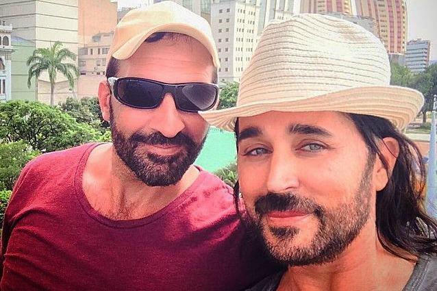 Scialpi sposa Roberto Blasi, è la prima star gay italiana a fare il grande passo