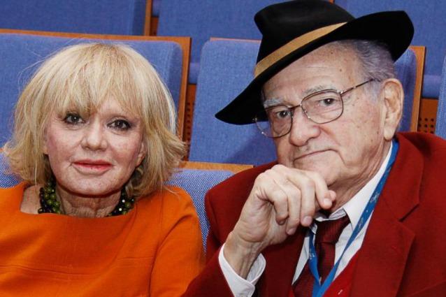 """Teddy Reno compie 90 anni: """"Il ricordo più bello? Il bacio a Rita Pavone, mio unico amore"""""""