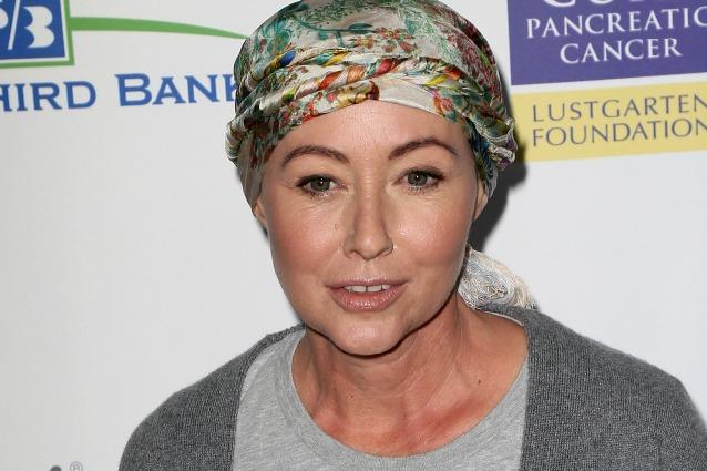 """Shannen Doherty torna in pubblico a un evento sul cancro: """"La chemio è quasi finita"""""""