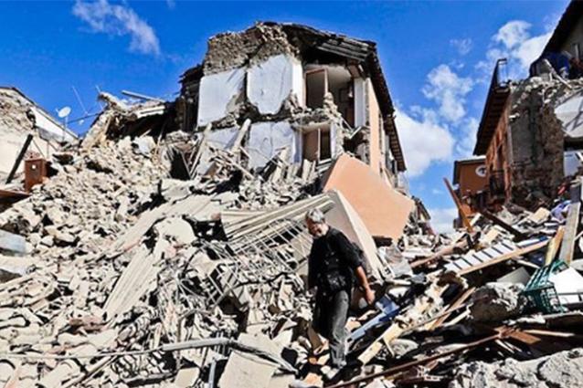 """Flavio Briatore: """"500mila euro in contanti per le popolazioni colpite dal terremoto"""""""