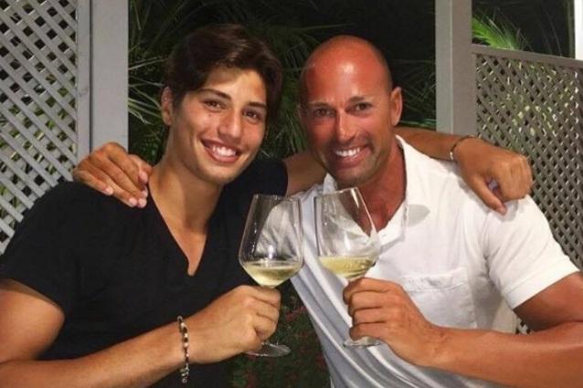 Auguri Matrimonio Figlio : Niccolò bettarini compie anni è il primogenito di