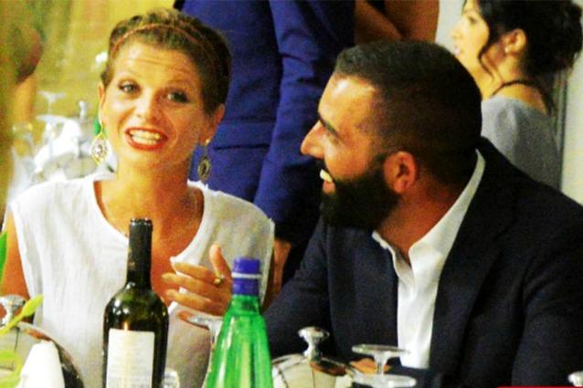 """""""Alessandra Amoroso sposa Stefano Settepani, nozze su una spiaggia del Salento"""""""