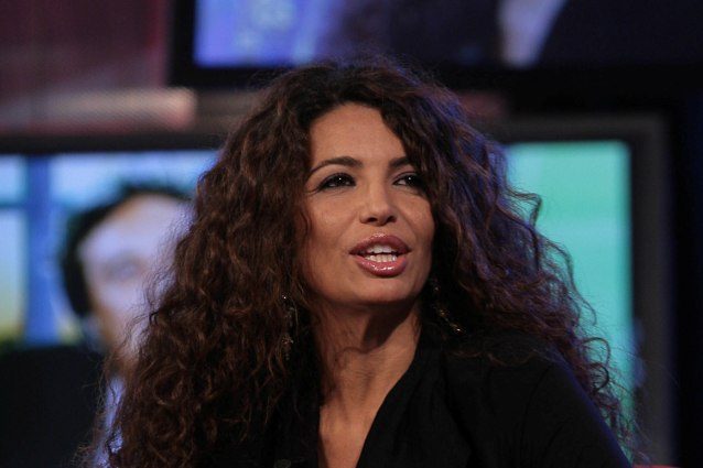 """I 10 anni di Afef senza tv: """"Non ne potevo più, rischiavo di fare a botte per le offese"""""""
