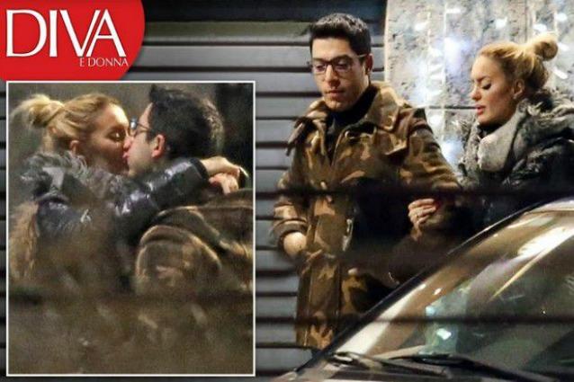 Elena Morali e Renzo Bossi, è ritorno di fiamma al bacio: ma lei è fidanzata con Scintilla