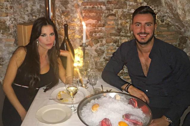 """Antonella Mosetti e Gennaro Salerno sono tornati insieme, la showgirl: """"Ti amo"""""""