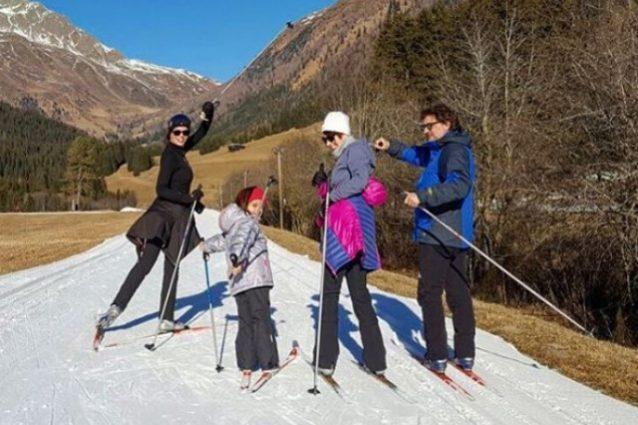 Laura Torrisi e Leonardo Pieraccioni insieme con la figlia per l'anno nuovo