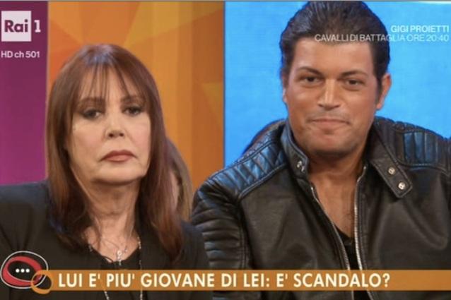 Viola Valentino sposa a 67 anni Francesco (che ne ha 34) in separazione dei beni