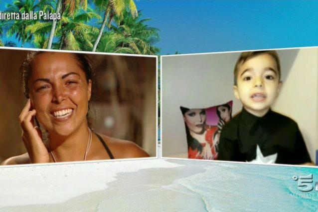 Nancy Coppola commossa per il messaggio del figlio: il piccolo Vincenzo è adorabile