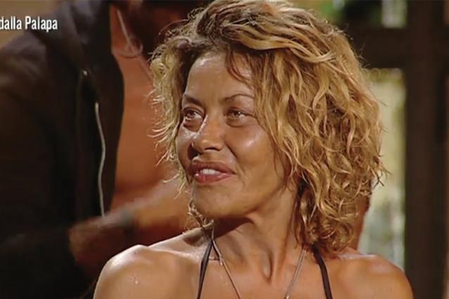 """""""Vado via il 28 marzo"""", arrivano segnalazioni sul fuori onda di Eva Grimaldi all'Isola"""