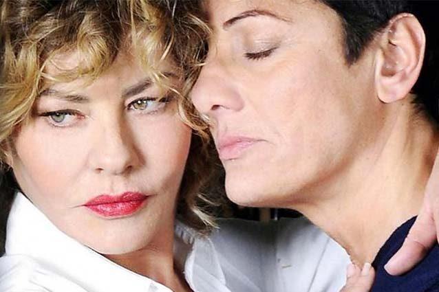 """Imma Battaglia dopo il coming out di Eva all'Isola: """"Per la prima volta ho paura a uscire di casa"""""""