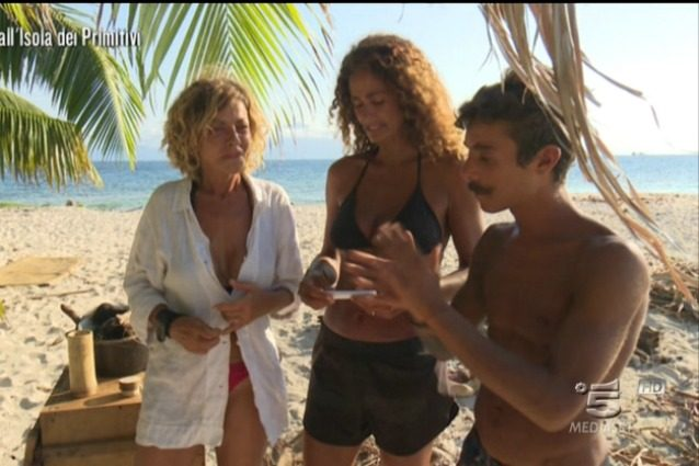 """Samantha De Grenet lascia l'Isola dei primitivi: """"Per me il gioco finisce qui"""""""