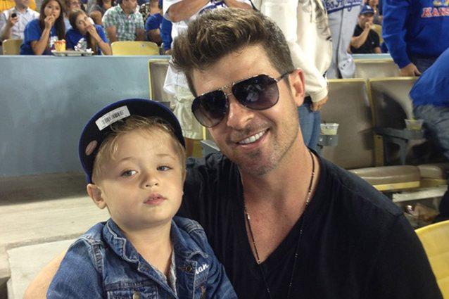 """Robin Thicke nei guai, il figlio di 6 anni fa chiamare il 911: """"Non voglio stare con papà"""""""