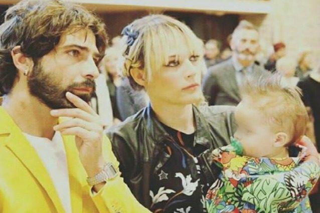Laura Chiatti e Marco Bocci genitori rock al battesimo del piccolo Pablo