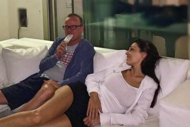 """Gigi D'Alessio: """"Anna Tatangelo è una pantofolaia, ci piace stare tranquilli e lontano da tutti"""""""