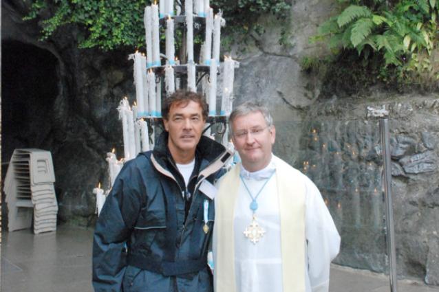 """Massimo Giletti in pellegrinaggio a Lourdes per 30 anni: """"Lì c'è la vera sofferenza"""""""